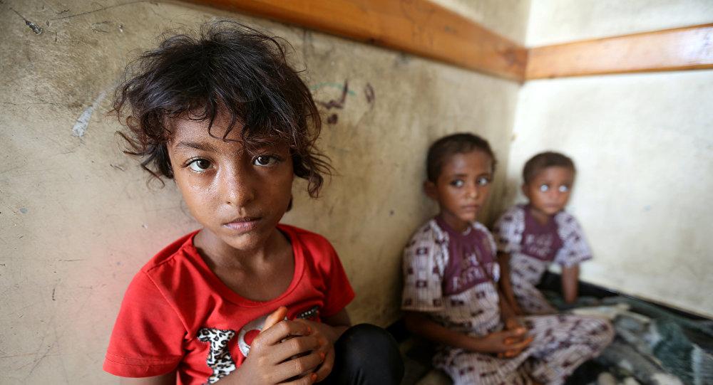 تقرير لوكالة روسية يكشف مآسي انسانية وكوراث اجتماعية لأمومة وابوة تحت القصف باليمن