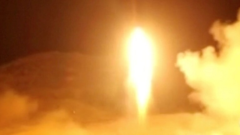 عاجل:قوات التحالف تعلن تدمير منظومة دفاع جوي للحوثيين مع خبراءها الاجانب في جبهة مأرب