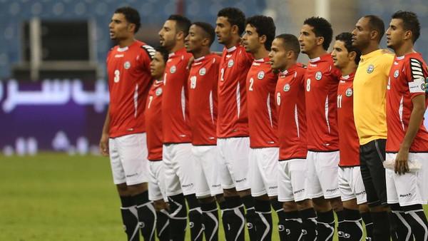 المنتخب اليمني لكرة القدم المشارك ببطولة خليجي 22بالرياض (ارشيف)