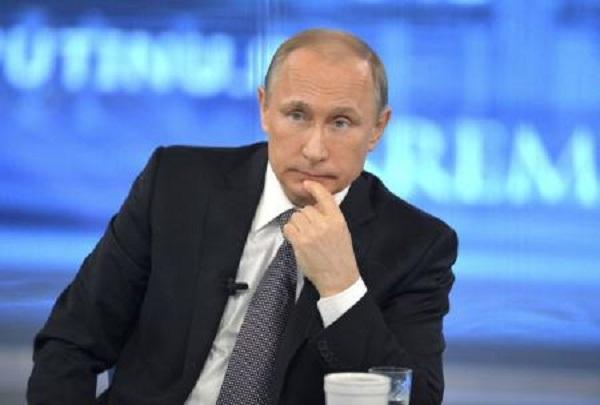 الرئيس الروسي يحذر من مخاطر استمرار المواجهات المسلحة في ليبيا واليمن