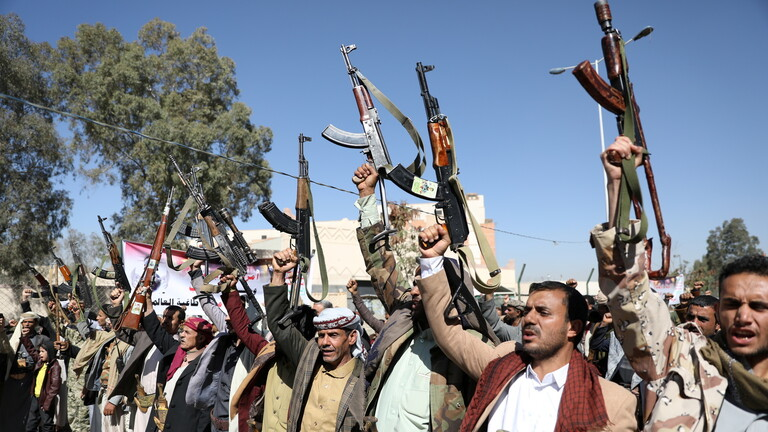 الشرعية تعلن مقتل خبير ايراني وتسعة اخرين بغارة جوية للتحالف العربي بمأرب