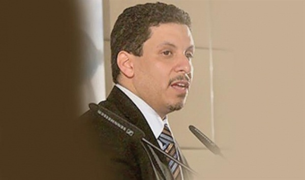 الحكومة اليمنية تؤكد التزامها بجهود احلال السلام وتدعو الامم المتحدة لوقف العمليات العسكرية بمأرب