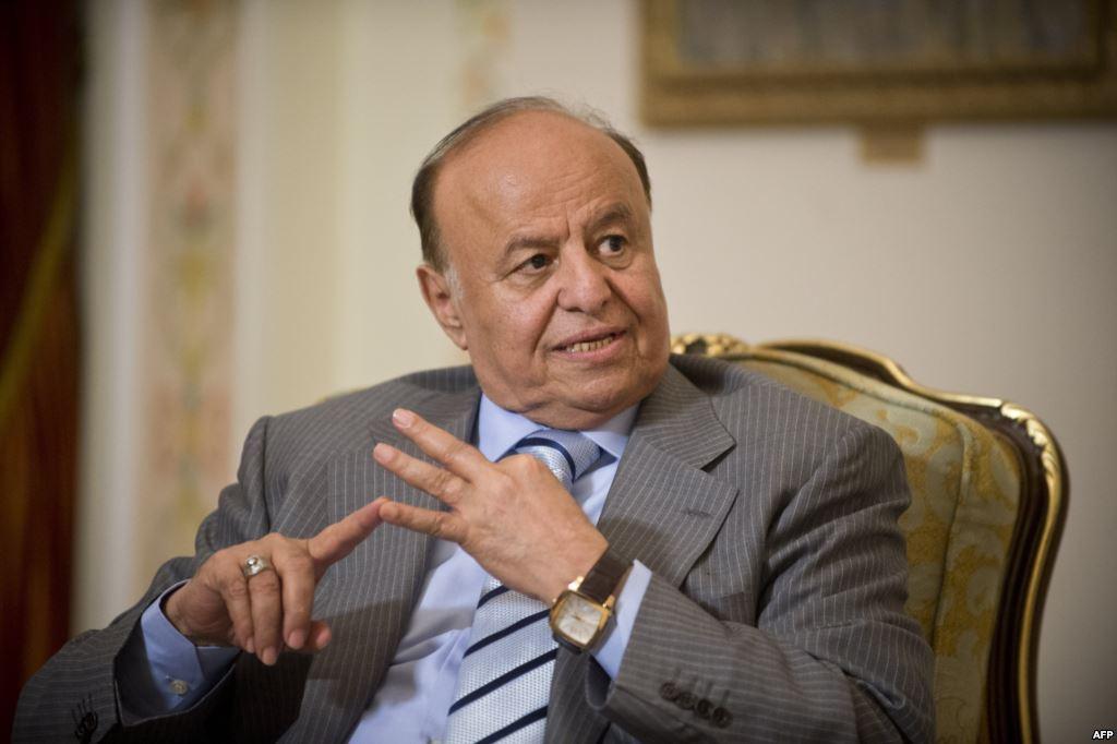 الرئيس اليمني يكشف عن الجهة المنفذة لتفجيرات مطار عدن