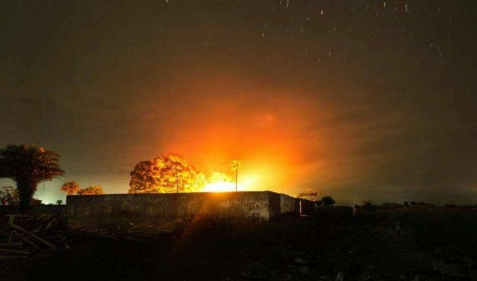 اثار ضربة ليلة على منطقة بابين جنوب اليمن (ارشيف)